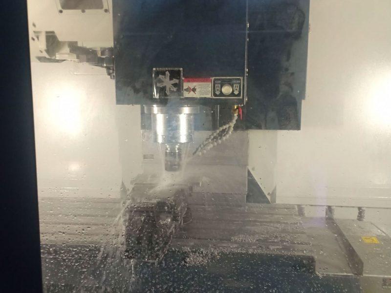 ลักษณะการทำงานของเครื่องกลึง CNC